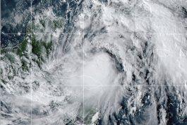 huracan zeta empieza a azotar yucatan con lluvias y vientos