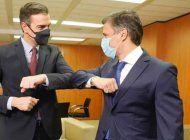 presidente del gobierno espanol pedro sanchez se reune con leopoldo lopez en la sede del psoe