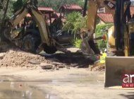 se inundan calles de miami lakes tras tuberia rota