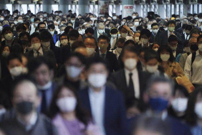Cifra diaria de COVID-19 en Japón alcanza récord por 4to día