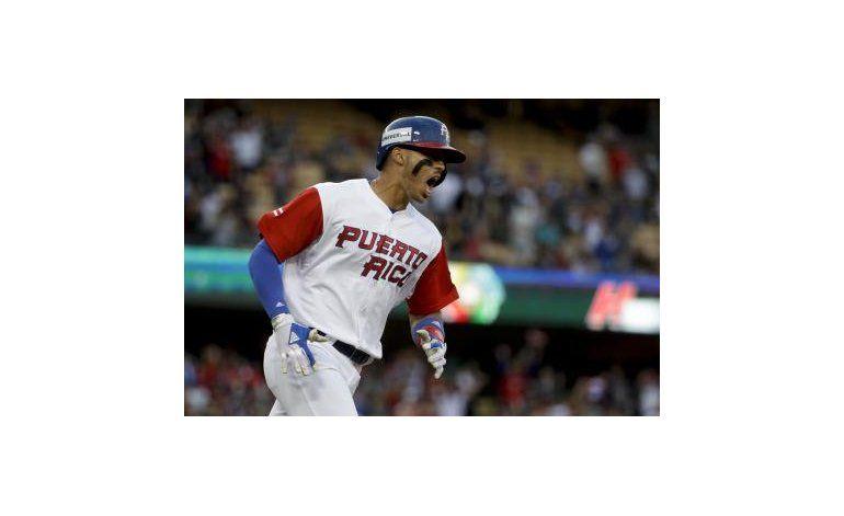 Correa reacciona a expresiones de Adam Jones