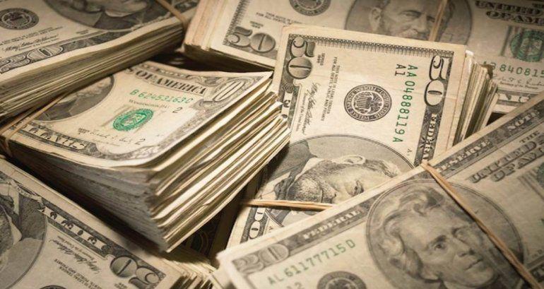 Sobre $14,000 M en las cuentas del gobierno
