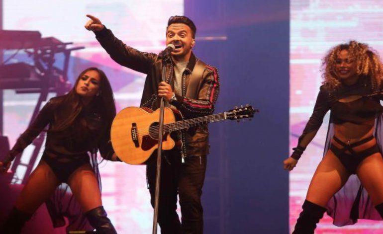 Luis Fonsi lanza su nuevo sencillo en concierto en Ecuador