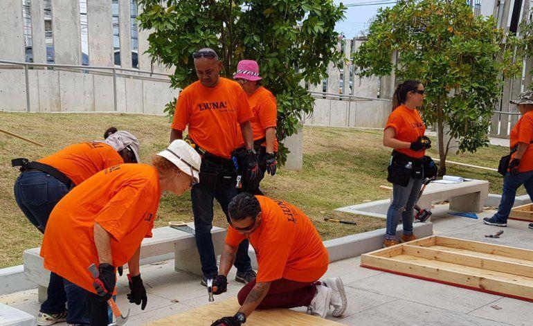 Adiestran a trabajadores de la construcción