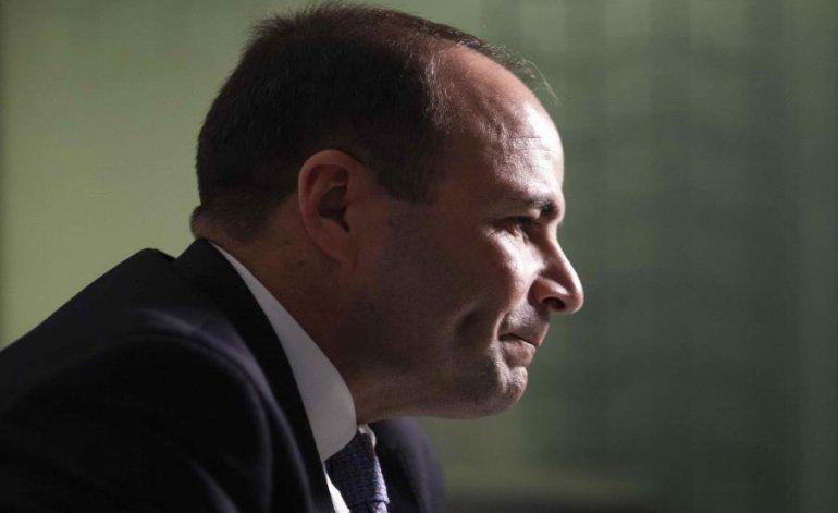 Elmer Román juramenta como secretario del DSP