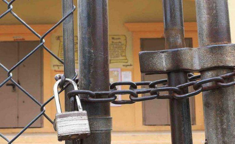 Detectan irregularidades en cierre de escuelas