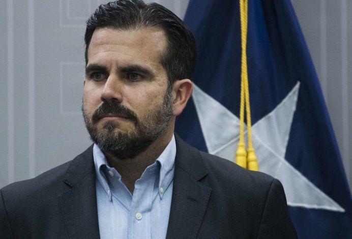 Surge petición para destituir al gobernador Ricardo Rosselló