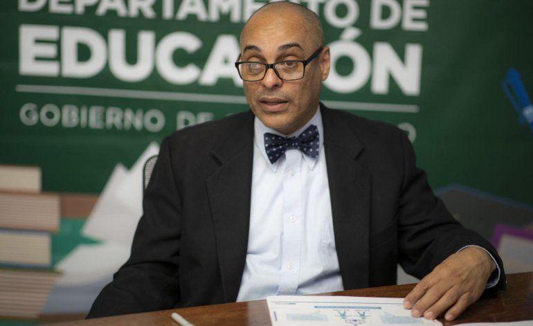 Educación vuelve a extender plazo para solicitar vales educativos