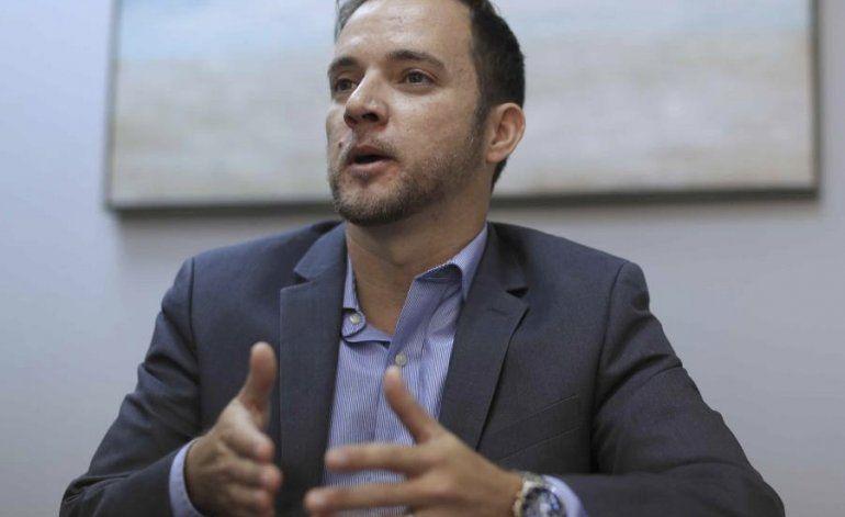 Llerandi asegura que Rosselló está reflexionando y contempla todas las posibilidades
