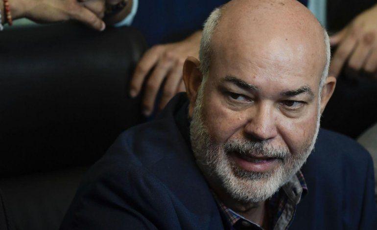 Johnny Méndez admite que desconfía de la renuncia de Rosselló