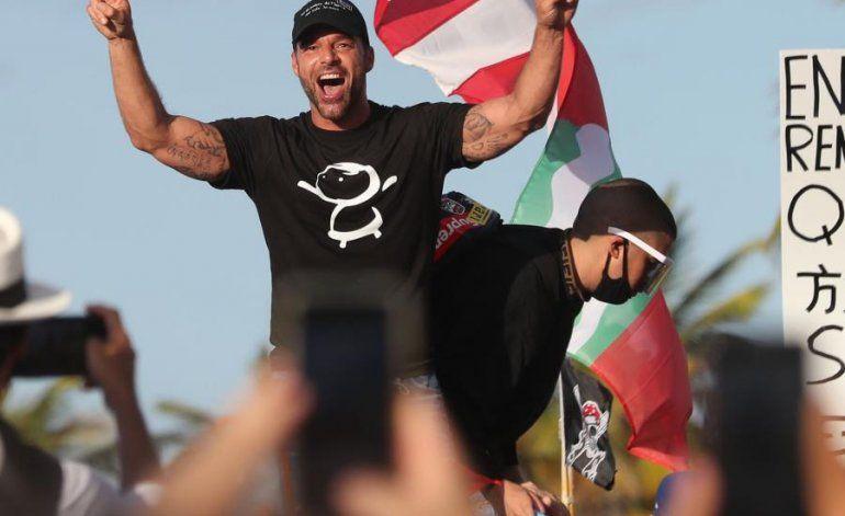 Ricky Martin hace llamado a apoyar comerciantes del Viejo San Juan