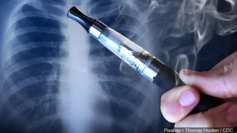 Secretario de Salud estudia prohibición de cigarrillos electrónicos