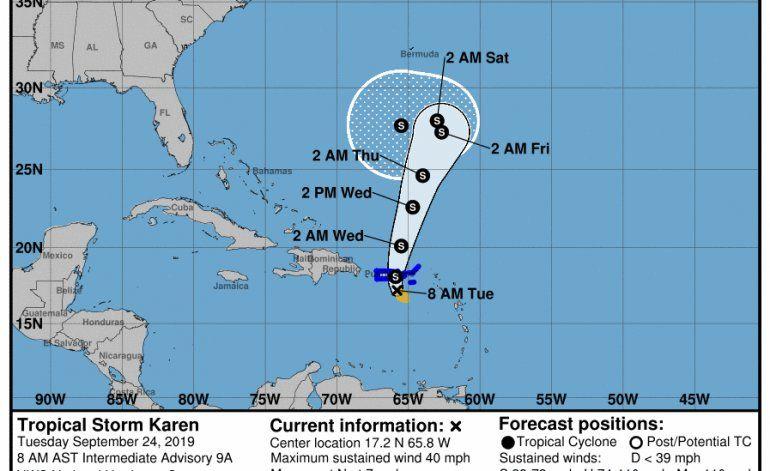 Tormenta tropical Karen sigue su ruta con vientos de 40 mph
