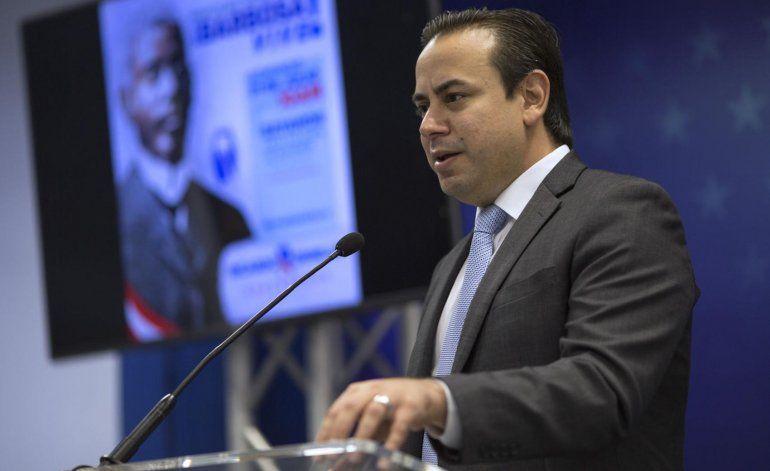 William Villafañe oficializa candidatura al Senado
