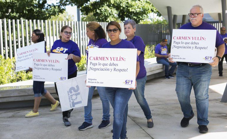 Empleados municipales emplazan a la alcaldesa de San Juan
