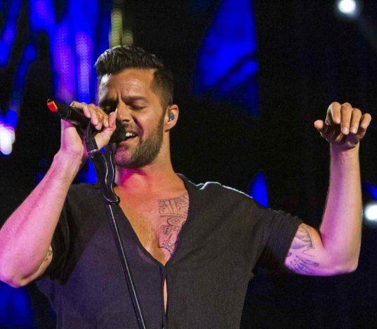 Ricky Martin anuncia una segunda función de su concierto en el Choliseo