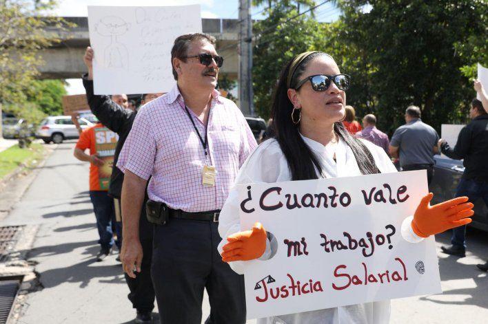 Empleados del NCF reclaman mejores salarios y beneficios