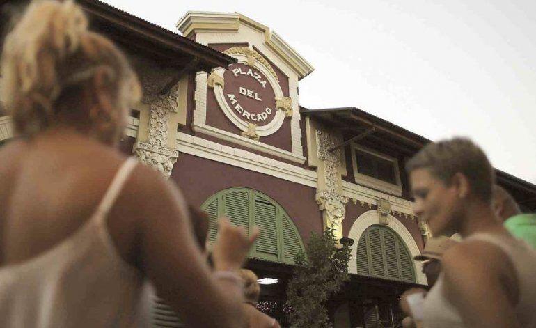 Carmen Yulín Cruz adelanta hora de cierre para los negocios en San Juan si eliminan el toque de queda