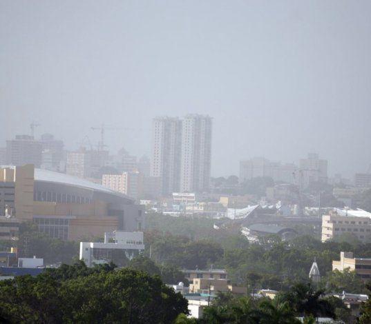 Precaución: una densa nube de polvo del Sahara afecta la calidad del aire