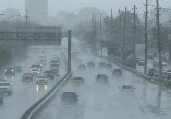 Gran parte de la isla recibirá lluvias y fuertes tronadas durante el día