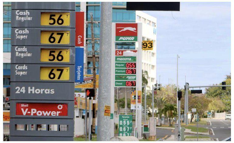 Se apuntan una los detallistas de gasolina