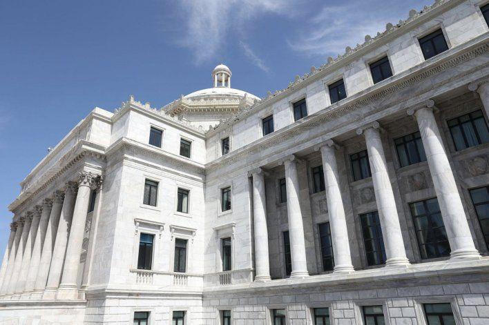 Federales apuntan a legisladores y alcaldes