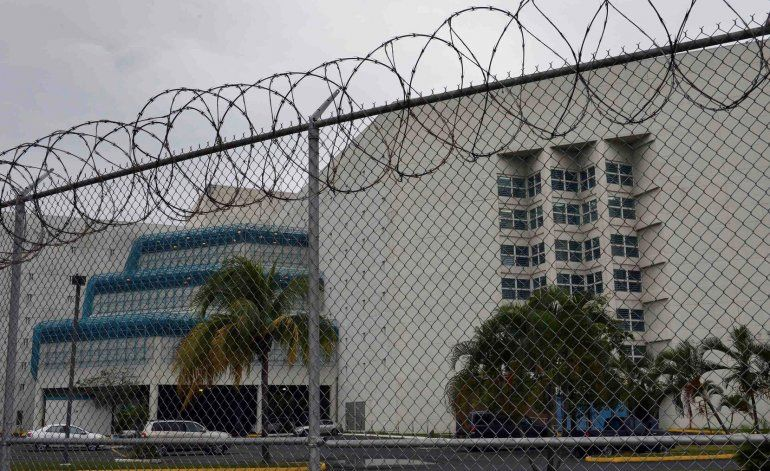 Juez Gustavo Gelpí confirma más casos de COVID-19 en la cárcel federal