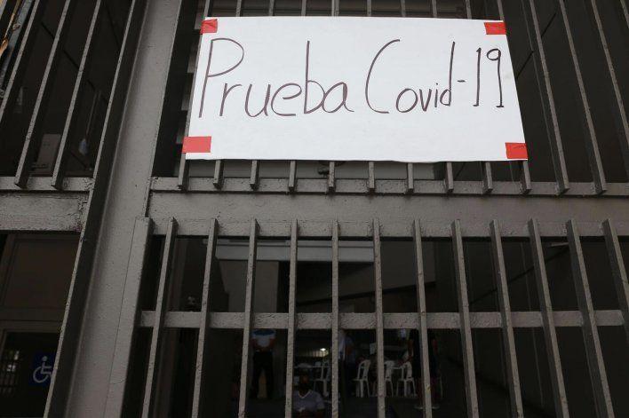 Puerto Rico sobrepasa los 300 casos confirmados en un día