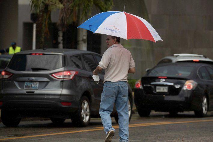 SNM pronostica aguaceros y tronadas para el interior de la isla esta tarde