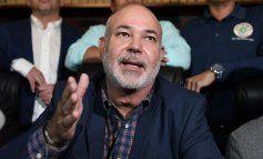 Johnny Méndez asegura que no tiene chofer y que publicará los salarios de la Cámara entre hoy y mañana