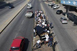orquesta sinfonica movil busca sanar el alma de venezolanos