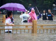 china derriba represa para liberar crecidas en henan