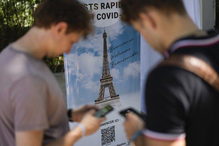 Francia pide pase COVID para Torre Eiffel y otros monumentos