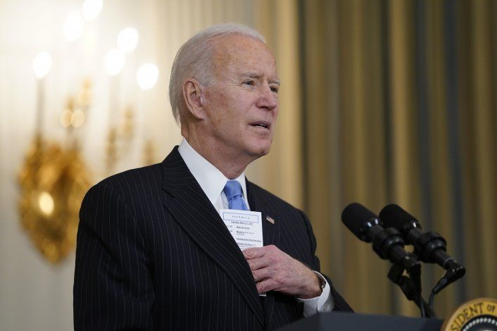 Biden: habrá vacunas para todos los adultos de EEUU en mayo