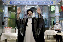 conservador raisi gana comicios en iran con amplia mayoria