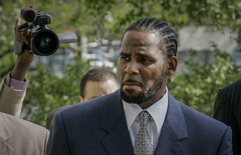 R. Kelly dice que no testificará en su juicio