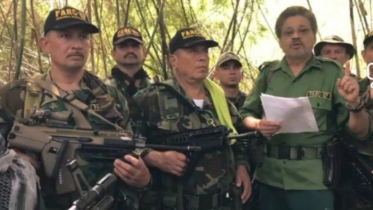 Grupo de las FARC dirigido por Iván Márquez promete fidelidad a Nicolás Maduro