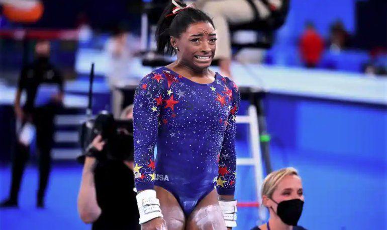 Simone Biles confirmó que dejó la final de gimnasia por problemas mentales: Estoy lidiando contra todos esos demonios