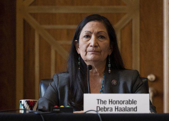 EEUU: Panel del Senado respalda nominación de mujer indígena