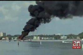 un hombre y su hijo sobreviven a la explosion de su embarcacion