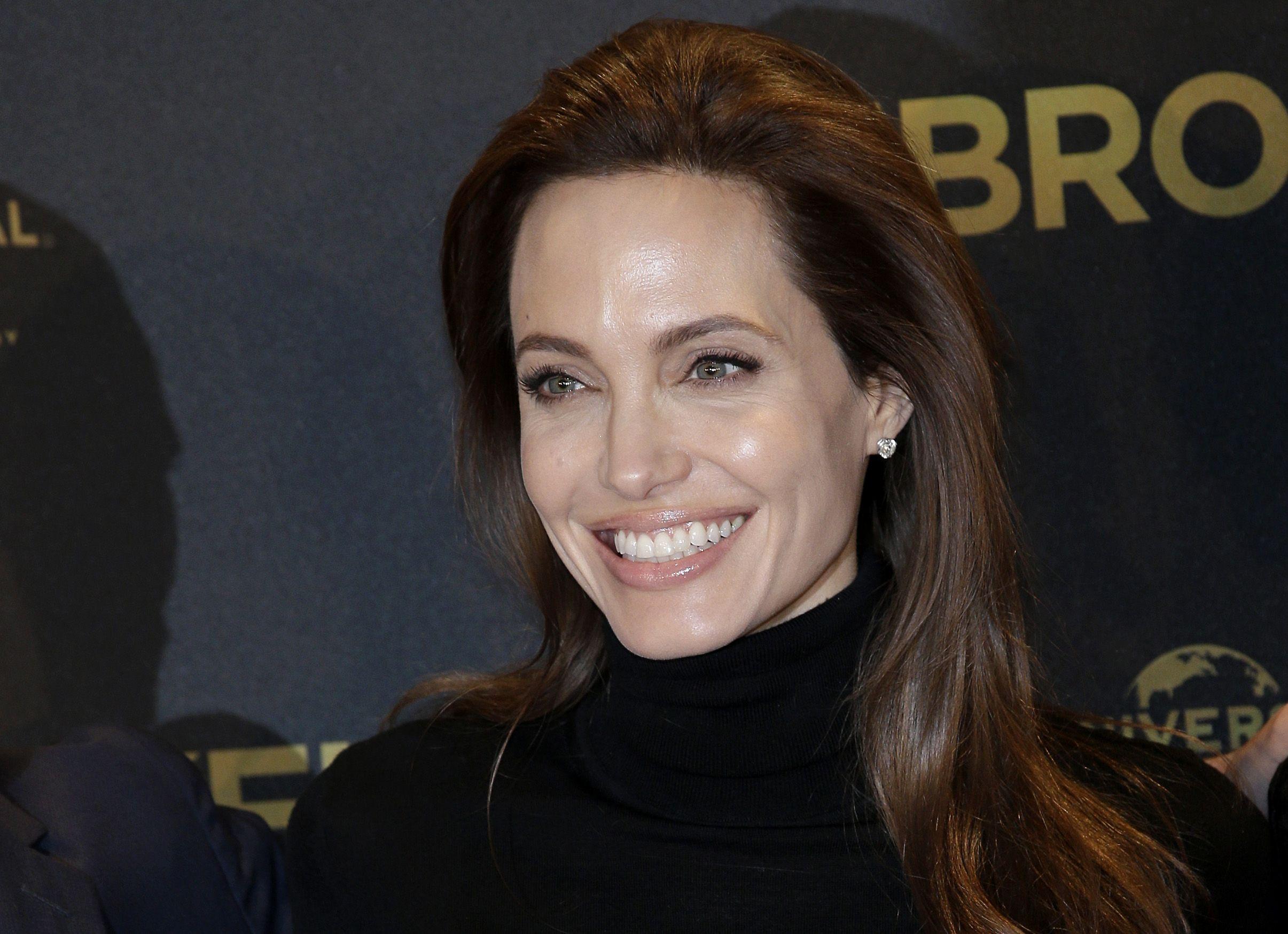 Angelina Jolie se somete a otra cirugía preventiva