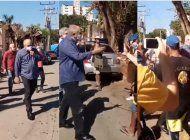 el ministro de cultura agrede violentamente a artistas plantados frente al ministerio de cultura