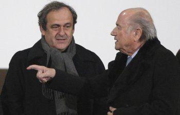 Acusaron a Joseph Blatter y Michel Platini por estafa en Suiza
