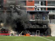 estalla incendio en estadio en vispera de inglaterra-andorra