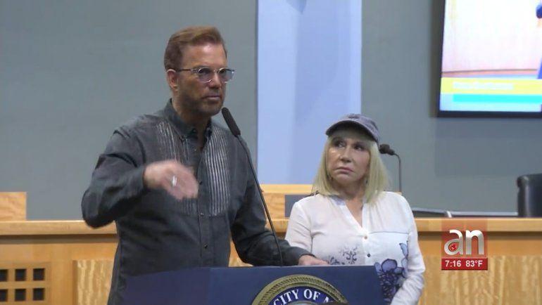 Willy Chirino y su esposa Lissette Álvarez piden en Miami  Intervención Humanitaria en Cuba