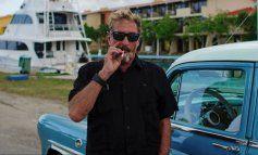 El millonario John McAfee, que pasó meses oculto en Cuba, aparece muerto en prisión en España