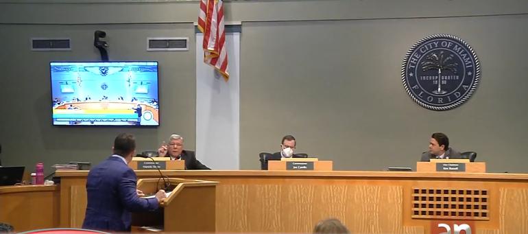 Aprueban en Miami un millonario contrato que aumenta salarios y pensiones para jubilados de la ciudad