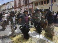 ecuador: indigenas desafian pandemia y danzan por inti raymi