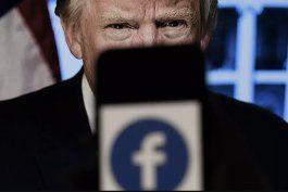 trump no podra volver a facebook, por ahora, resuelve junta