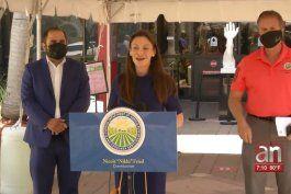 comisionada de agricultura de florida visita centros de vacunacion en hialeah